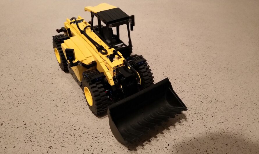 Telehandler inspired by JCB